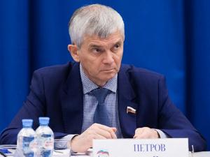 На Урале депутат, разрабатывающий вакцину от ковида, заразился коронавирусом