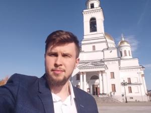 Из суда увезли на скорой. В Екатеринбурге будут судить пиарщика опального отца Сергия