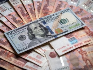 80 рублей за доллар ожидается курс в 2021 году