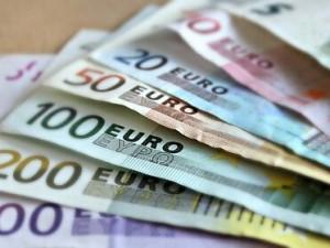 Лучшая валюта для инвестиций в 2021 году: мнение эксперта