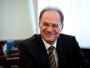 Российский экс-губернатор отсудил у Минфина почти 6 миллионов рублей