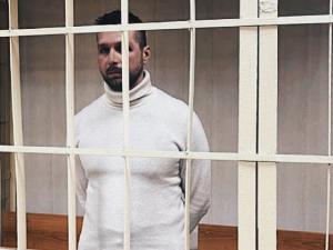 Суд арестовал оператора ФБК Зеленского за твит в память о погибшей журналистке
