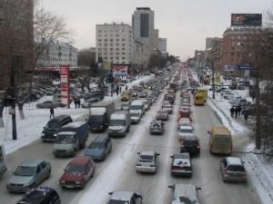 Пешком быстрее: в условиях дорожных пробок скорость движения в Челябинске упала до 3 километров в час