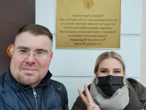 За призывы  к участию в несанкционированных митингах задержали юриста ФБК Любовь Соболь