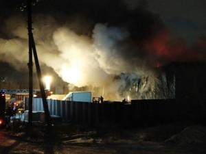 Большой пожар в Магнитогорске случился в первую ночь 2021 года
