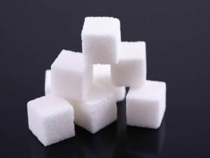 О дефиците сахара летом предупредили в России