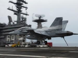 Вероятность начала ядерной войны с Россией существует, заявил американский вице-адмирал
