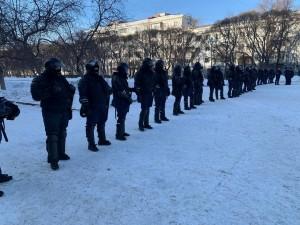 О нарушениях закона полицией в отношении протестующих рассказал правозащитник