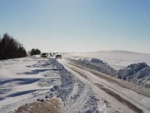 Ограничения в движении транспорта продлили до утра 26 февраля