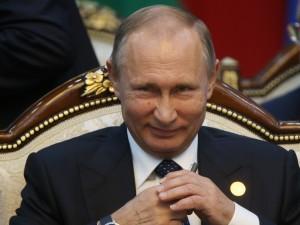 За снижение уровня жизни несет ответственность народ, Путин - ни при чем