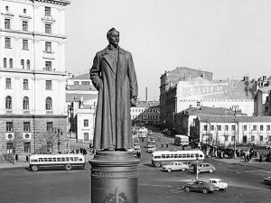 Собянин решил оставить Лубянскую площадь без памятника: причина?