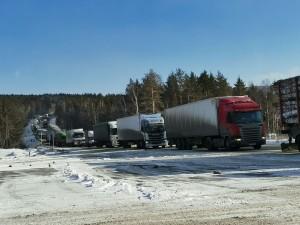 Остановилось движение на трассе М-5 в Челябинской области