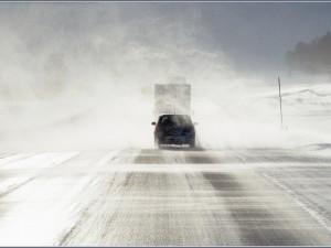 Миндортранс: оставаться дома безопаснее в условиях непогоды