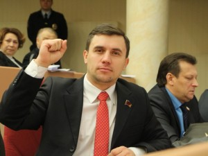 В отношении участника акции протеста 31 января, депутата Бондаренко, в Саратове составили полицейский протокол