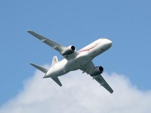 Самолет Superjet авиакомпании «Россия» летел в Челябинск, но вернулся в Шереметьево