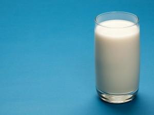 Откуда риск подорожания молока в России на 10-15%?