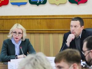 1400 медиков требуется Челябинской области