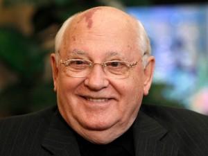 Горбачев считает, что СССР можно было сохранить. Он забыл историю?