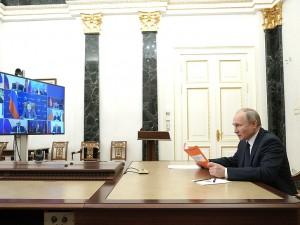 Путин не боится. И поставит ковидную прививку 23 марта