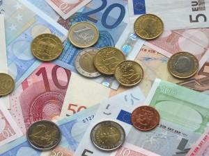 Делягин предупредил о рисках, связанных с евро