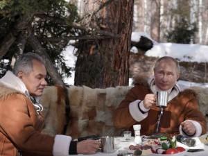 Путин отдыхает со своим преемником?