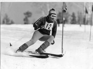 Что делали первые челябинские горнолыжники в охотничьей избушке?