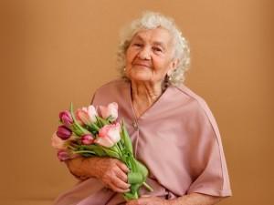 В 83 года челябинка стала героиней журнала Vogue