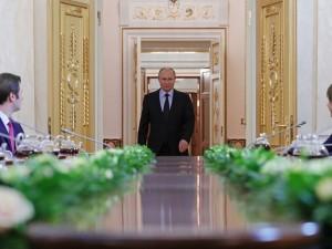 Путин безосновательно обвинил авторов учебников истории России в отношении Сталинградской битвы