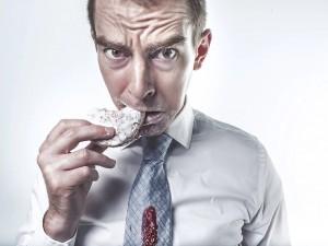 Смертельную опасность несут хлеб, сладости и газировки