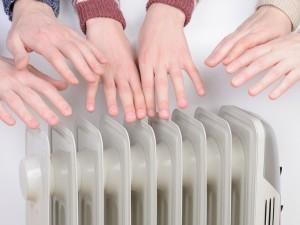 Не отключать отопление, а убавить просят жители Челябинска