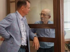 Обвиненный в госизмене 76-летний российский физик умер