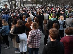 Челябинский митинг протеста перерос в шествие